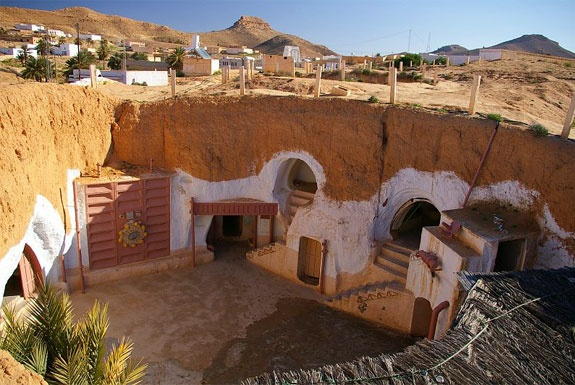 Фэндом: Туры на Татуин / The Hotel That Was Once Luke Skywalker's Home